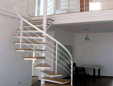 如何让楼梯下面的空间精彩纷呈