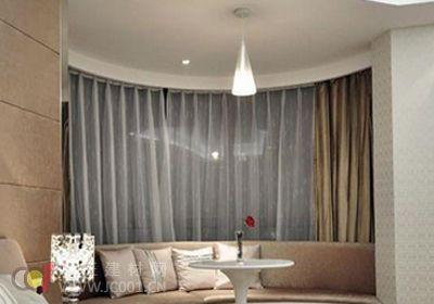2013时尚浪漫飘窗窗帘布艺图片大全:圆弧状的优雅