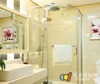 卫浴玻璃隔断轻盈且通透