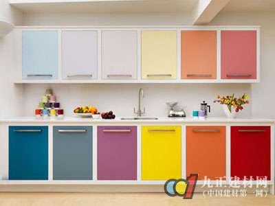 家装材料越艳越有毒 需谨慎购买彩色涂料