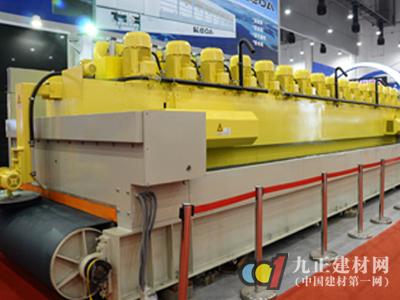 """大而不强""""中国石材机械需努力"""