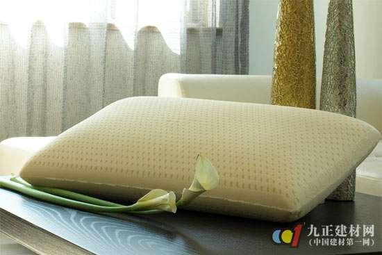 怎么摆沙发上的枕头图片欧式
