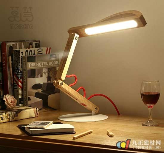【护眼台灯】 - 护眼台灯的工作原理,种类,优缺点,_好