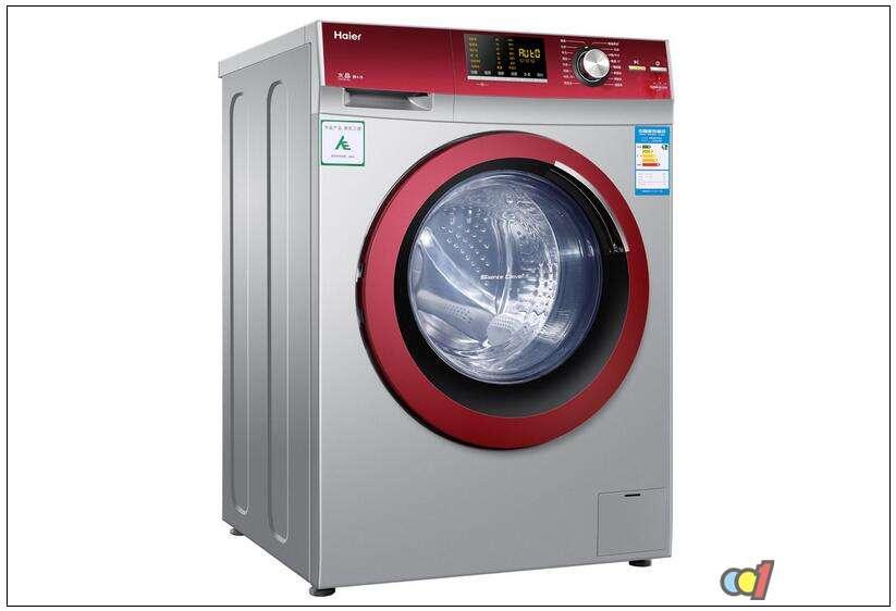 """滚筒洗衣机由于具有低磨损、不缠绕、可洗涤羊绒、真丝织物以及容量大等诸多优点而成为当前国际上洗衣机市场的主要机型。 市场上的滚筒洗衣机较多品牌,看上去似乎大同小异,其实,不同品牌的滚筒洗衣机,在其品质和功能上依然有差别,选购时务必仔细比较。通常滚筒洗衣机为前开门式,需占用较大的空间,而我国家庭一般将洗衣机安置在面积不大的厨房或卫生间,使用很不方便。所以消费者们在选购滚筒洗衣机时需要考虑诸多因素以及了解一些选购滚筒洗衣机的注意事项。 1、功能选择。 滚筒洗衣机推出""""全智能""""型,有些洗衣"""