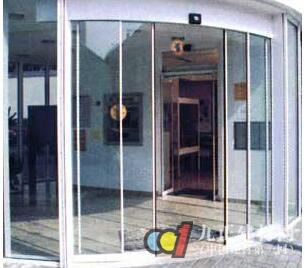弧形玻璃门图片