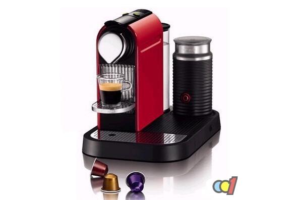 胶囊咖啡机十大品牌1:灿坤胶囊咖啡机 灿坤是十大咖啡机品牌之一,灿坤公司成立于1978年,现已成为世界知名的产销合一的跨国集团,灿坤胶囊咖啡机现在市场品牌占有率16%。可以看到灿坤胶囊咖啡机深受消费者的喜爱。 胶囊咖啡机十大品牌2:飞利浦胶囊咖啡机 飞利浦,十大咖啡机品牌,市场品牌占有率16%。飞利浦,1891年成立于荷兰,现已发展成为一家大型跨国公司,是很多家庭会选择的胶囊咖啡机品牌,大品牌,质量有保证。 胶囊咖啡机十大品牌3:德龙胶囊咖啡机 (十大咖啡机品牌,深圳德龙健伍贸易)市场品牌占有率12%。德