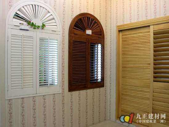 木质百叶窗图片