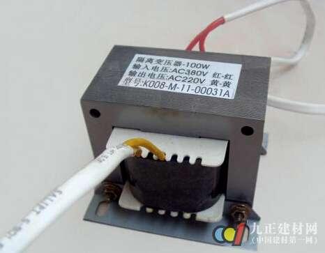 建材百科 其它 > 隔离变压器   由于隔离变压器属于安全电源,一般用来