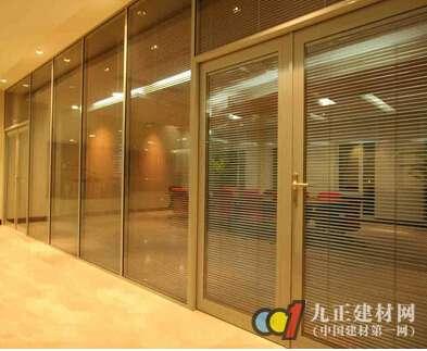 地弹簧玻璃门图片