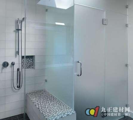 浴室玻璃门图片