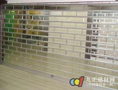 透明卷帘门图片
