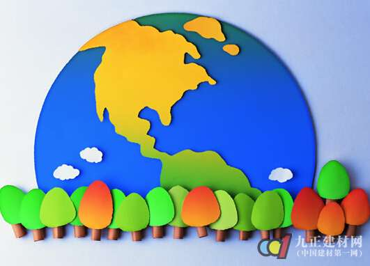 一、采集树叶并处理 1.在我们居住的小区内,或者周围公园中,采集一些树叶,要注意不同的树木长出来的叶子形状是不一样的,因此可以采集到菱形形状的枫叶,椭圆形状的胡枝子叶等等。采集了多种形状的叶子,才能让做出来的剪贴画的图案更具多样化。 2.像枫叶的叶子是红色的,胡枝子叶的叶子是绿色的,因此我们可以采集不同颜色的树叶,使剪贴画的颜色更加丰富多彩。 二、选取树叶并剪贴 1.
