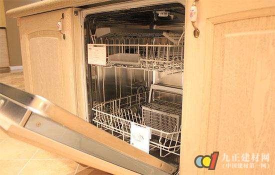 洗碗机那么贵 选购时的门道你都了解吗?