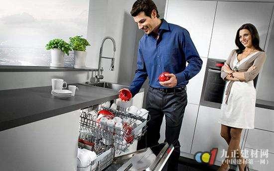 洗碗机或成厨房标配 国内品牌抢滩市场