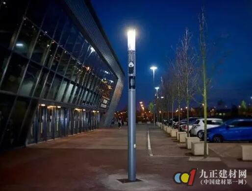 国外智能路灯应用案例