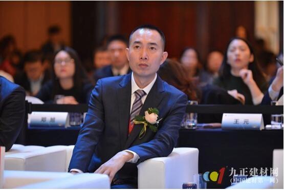 东易日盛亮相2017中国城市发展峰会 装配式装修引发关注