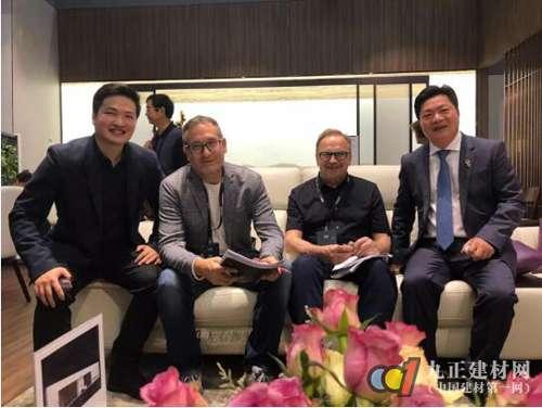左右董事长黄华堃担纲首席产品官,讲解健康舒适新主义!