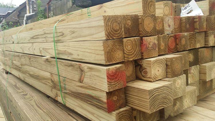 南方松原木板材 南方松防腐木方 木条装饰圆柱
