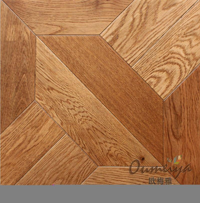 实木拼花地板是一种全手工制作的艺术地板,采用无缝拼贴技术,将几种甚至十几种不同颜色的木材,由专业的地板设计师拼贴在一起,形成独有的立体美感,每一种实木拼花地板都是一件精美的艺术品。 实木拼花地板特点:实木拼花地板可以由拥有高超技术的设计师和工艺师按照要求的尺寸,厚度和图案所量身定制。能够从系统中上千种风格各异,不同品味的样式中挑选,并且能够按需要定制的图案,文字描述,甚至照片给设计师,就会把您的想法变成现实。实木拼花地板全部采用全手工拼贴,保证每一寸都自然,优美。贴切部分花色繁复的实木拼花地板,既能有地