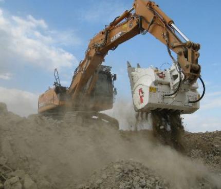 挖掘机鄂式破碎斗  破碎斗  破碎筛  挖斗