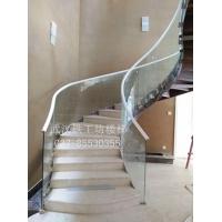 武汉工程楼梯|武汉酒店旋转楼梯玻璃扶手设计|玻璃扶手图