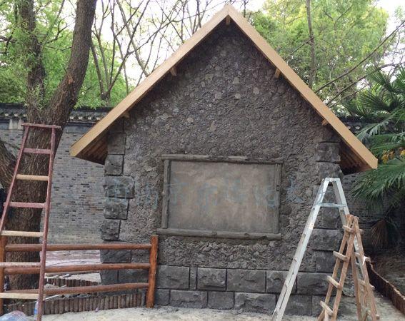 扬州动物园儿童乐园塑石墙制作现场