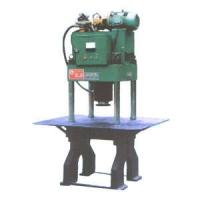 Yz4型混凝土路面砖压机