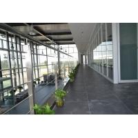 玻璃隔断分为三种,单层、双层、艺术玻璃,可根据客户需求来做