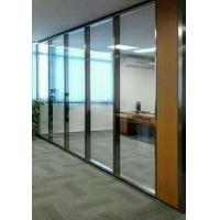 铝合金玻璃隔断耐火防火,隔间系统全部由金属结构组成