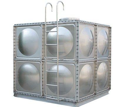 立式圆柱形水箱,卧式圆形水箱;按用途分为不锈钢冷