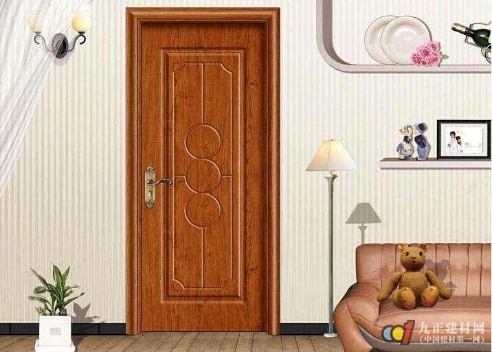 钢木门优缺点 钢木门外层使用钢板,里面使用木架、纸壳等材料填充,相对于其他材质的门来说,它硬度高、耐撞击、抗老化、防蛀、防潮;但是由于使用了钢铁材料,门相对较重,对门套和合页的要求较高。此外钢木门表面只是一层薄薄的钢板,怕刮伤,钢板是硬介质经常出现表面不平或由于不小心碰瘪而难以复原影响美观。 钢木门选择要点 钢木门优点较多,性价比较高,因此受到人的欢迎。装修选择钢木门的时候,可不能随意选择。 看款式:选择钢木门时首先要考虑的是钢木门的款式同居室风格的谐调搭配。装饰风格平稳素净就选择大方简洁的款式;活泼明