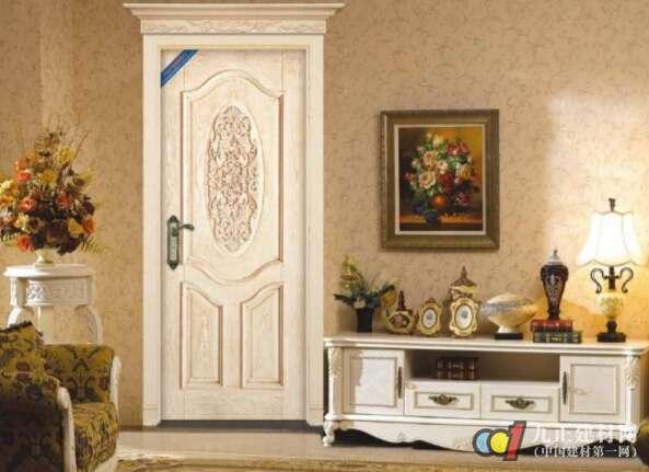 AG体育_实木门质量黑白若何辨别 家居实木门的搭配方式