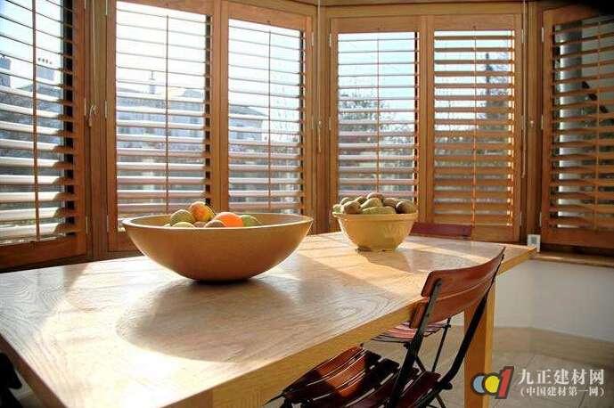 实木百叶窗有什么好处 实木百叶窗如何选购与安装_亚博