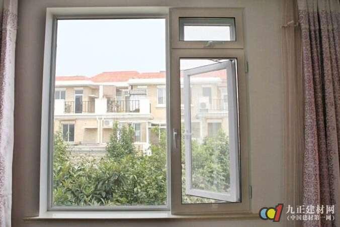 室内门窗用什么材料好 室内门窗如何选购_亚博
