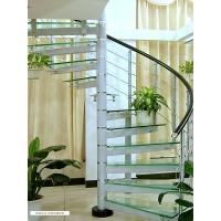 中柱玻璃楼梯