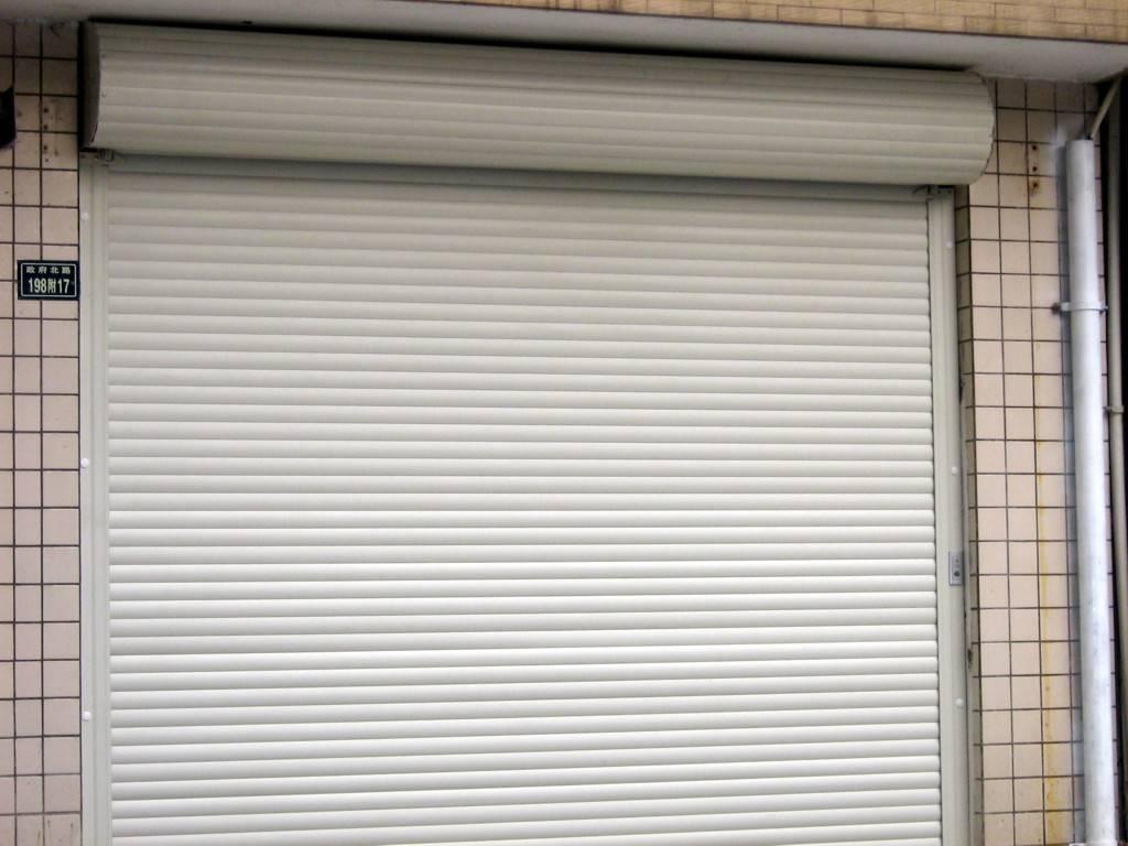 欧式电动车库门
