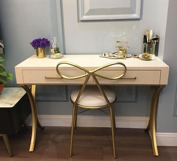 北欧工业风梳妆台 展示柜 吧台吧椅 实木化妆台上海新款定做