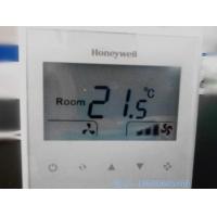 霍尼韦尔新款触屏大液晶温控器T6820