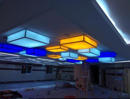 景德镇软膜装饰 环保透光造型吊顶灯箱膜 多彩彩膜天花灯箱
