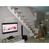 南京伯爵楼梯----斜梁钢管楼梯