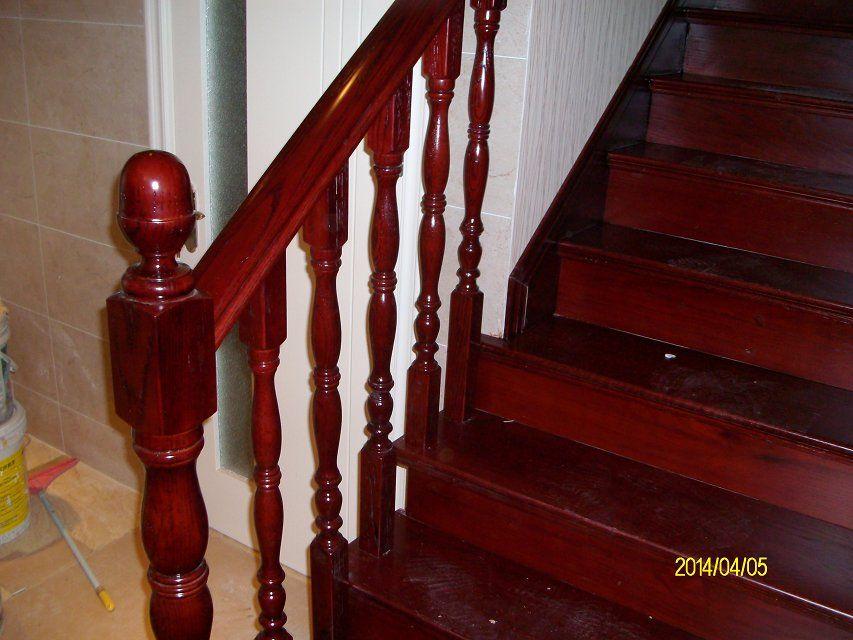 南京伯爵楼梯-----水泥现浇实木楼梯