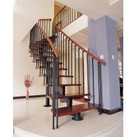 遼新木業樓梯