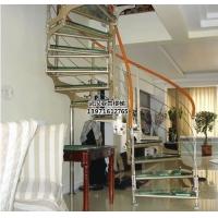 双梁钢木楼梯