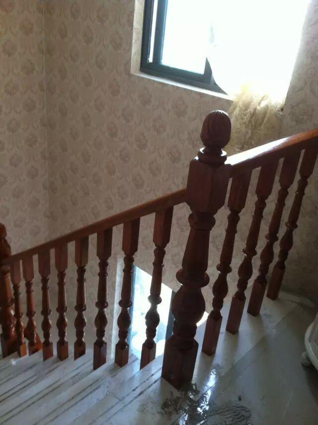 南京盛发楼梯—实木楼梯