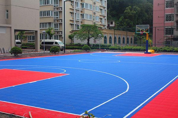 优质环保篮球场建设 塑胶篮球场施工建设