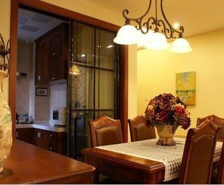 超实用的厨房移门装修效果图欣赏