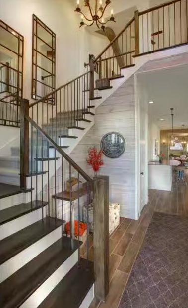 楼梯厂家实木钢木玻璃铁艺楼梯水泥基础楼梯
