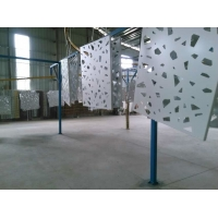 型材铝格栅窗花特点、广州型材铝格栅窗花生产厂家