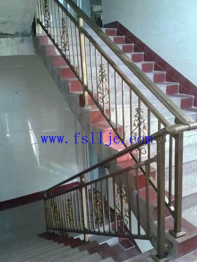 锌钢楼梯扶手 铝合金门窗 阳台护栏图片 围墙栏杆图片