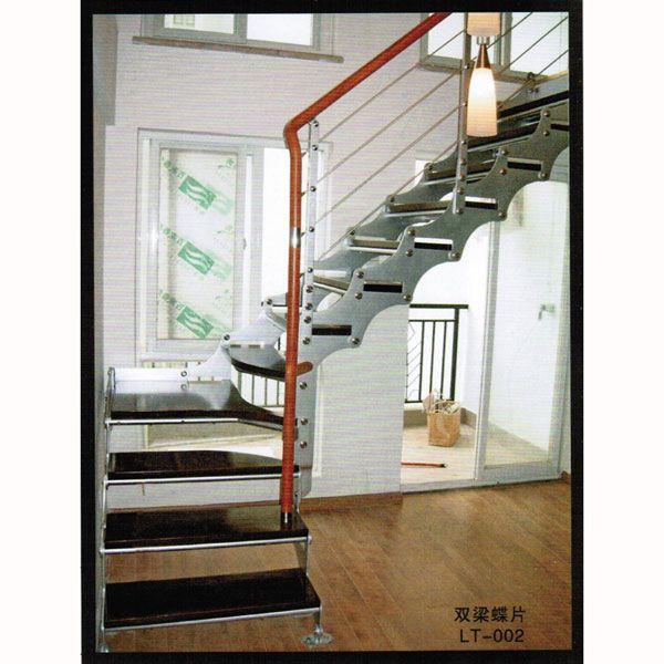 南京邦尼楼梯是一家从事各类成品楼梯、楼梯配件、木门、衣柜门设计、安装、服务为一体的专业企业,具有深厚的生产实力,产品规格齐全,工艺精湛。生产的楼梯结构简洁大方、造型时尚典雅、组装灵活、空间利用率高、具有很强的艺术性、装饰性和实用性,是复式楼、别墅、商场、酒店、办公楼和公共场所的首选。随着居住水平的提高,复式、错层、跃层、别墅、阁楼、包梯板、围栏已经不再陌生。为了上行下达各个空间,楼梯开始成为家庭建材选购中的常客。本公司产品有L型、U型、直梁系列、旋转系列实木楼梯。不同的颜色、不同的材质让你任意选择。产品销